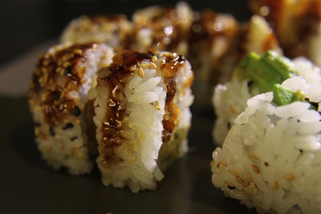 LOWE.sushi3